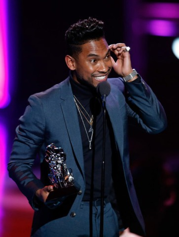 Miguel @ 2012 Soul Train Awards