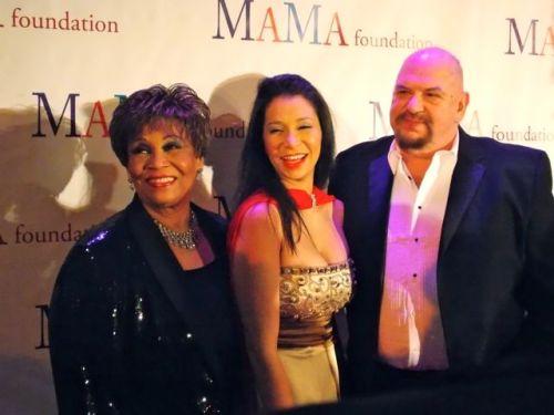 MAMA30_wydrofamily