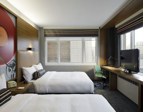 Aloft-Harlem-photos-Room-Standard-Queen-Room
