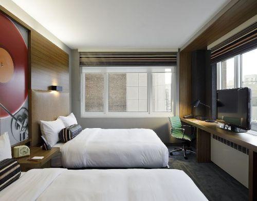 Aloft-Harlem-photos-Room-Standard-Queen-Room