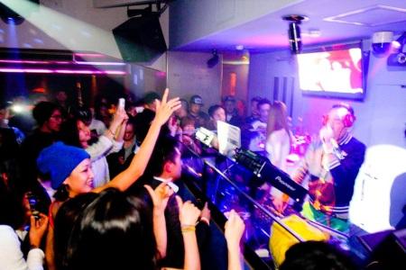 DJ Booth 1 - @ Genius Tokyo