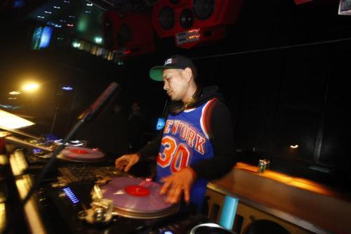 DJ-HIRO