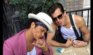Bruno-Mars-and-Mark-Ronsons-Uptown-Funk-Notch-14-Weeks-at-No-1